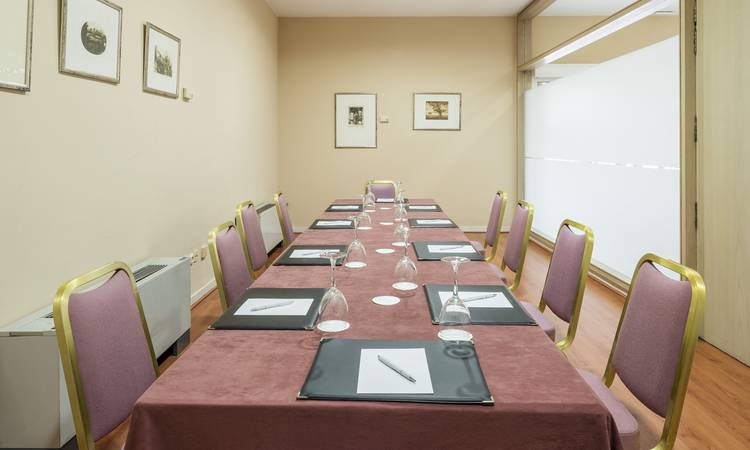 BUSINESS CENTER Hotel ILUNION Alcora Sevilla Siviglia